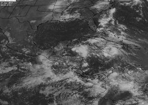 Se-mantiene-pronóstico-de-lluvias-para-este-sábado.-Se-mantiene-monitoreo-de-zona-de-inestabilidad-en-el-Caribe..jpg