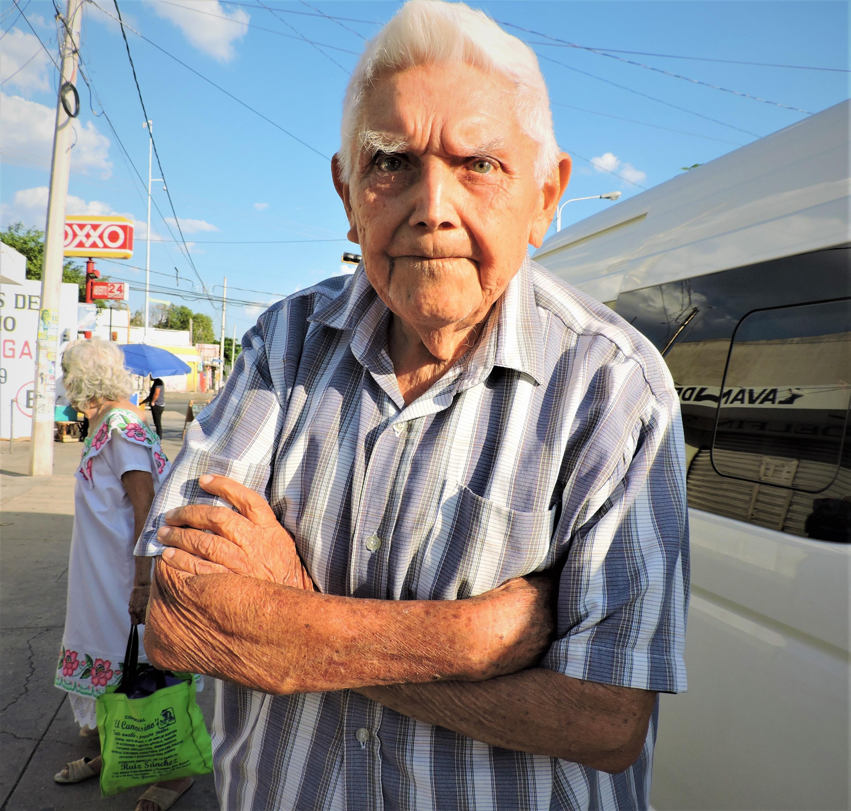 Don-Sergio-uno-de-los-grandes-hombres-de-Peto-quien-en-lugar-de-quedarse-bien-con-el-gobernador-mejor-eligió-estar-con-su-pueblo.jpg