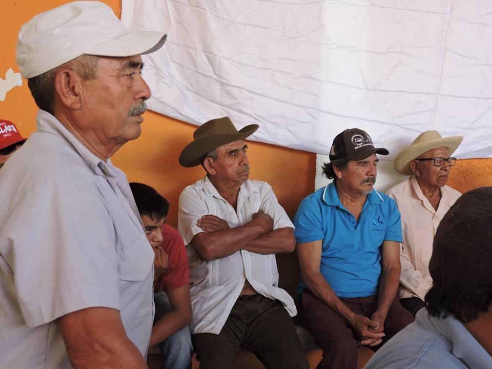 Hombres-del-campo-que-asistieron-al-evento-campesino-2018-en-Chocholá.jpg