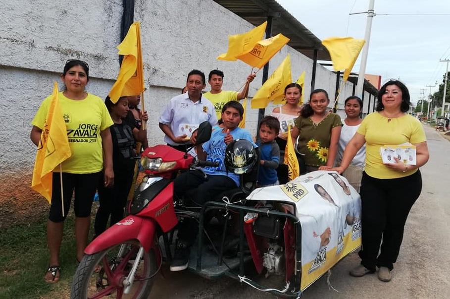 Con-Adriana-Vargas-candidata-del-X11-distrito-electoral.jpg