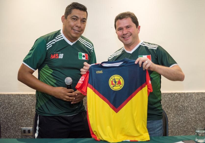 Reunión-con-ex-jugadores-de-football_4.jpg