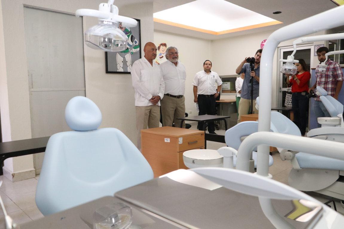 odontologia-nuevas-areas-y-equipos-21sep18-IMG_4131.jpg