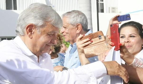 Amlo-en-Mérida.jpg