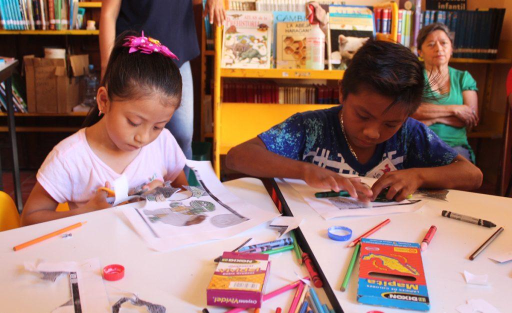 Infantes aprenderán maya con cantos, juegos y títeres