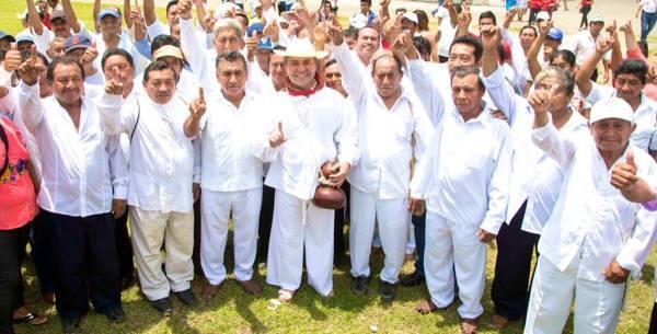 NO RECONOCEN A GOBERNADORA INDÍGENA, ES UNA FARSA; SEÑALAN CAMPESINOS