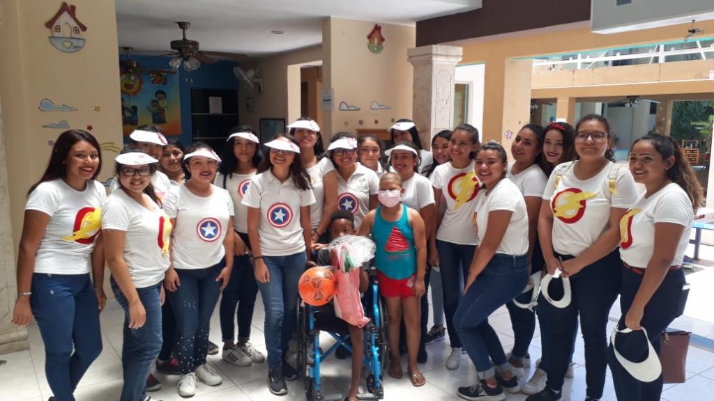 Alumnas de Puericultura Realizan Festival Lúdico en Hogar de Ángeles