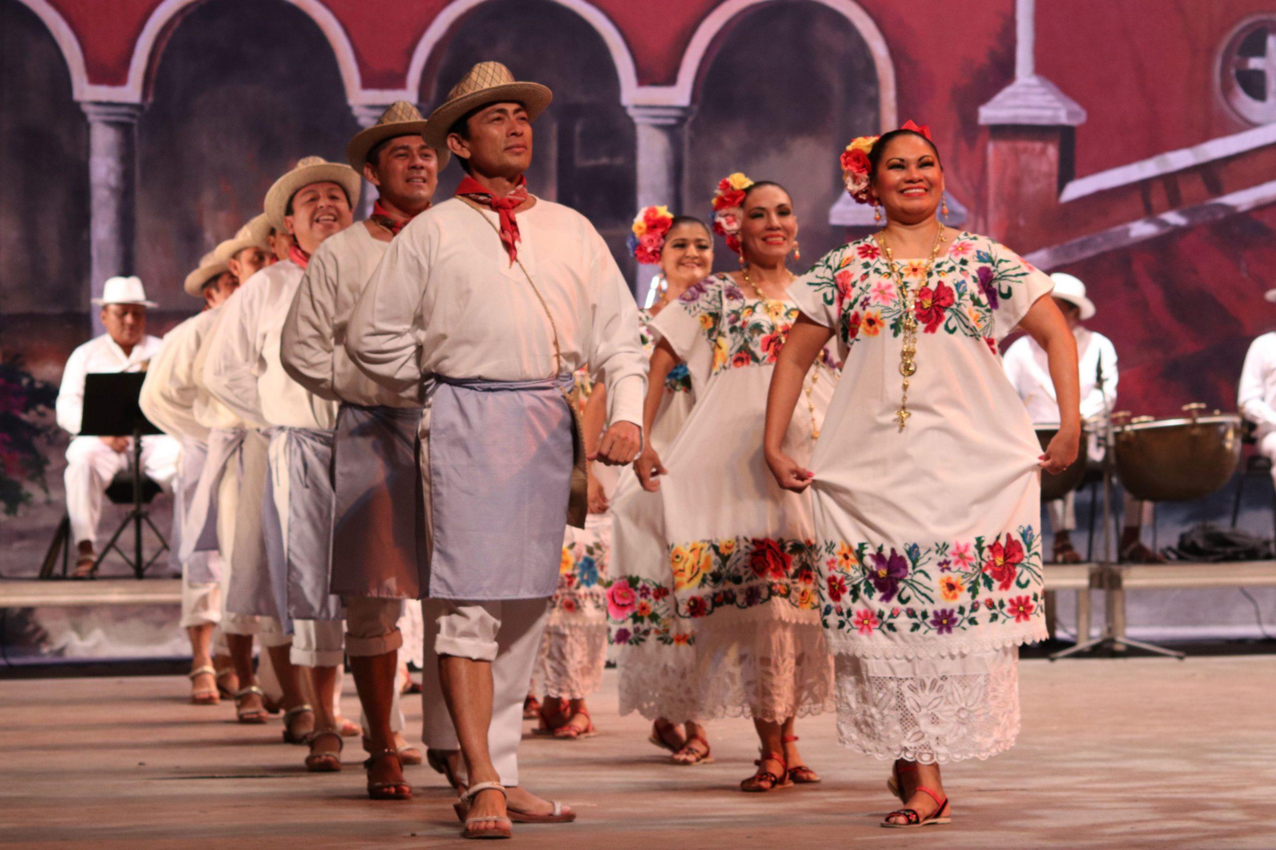 Ballet-Folklorico-del-Estado-scaled.jpg